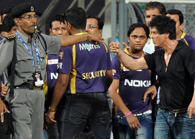 Shah Rukh Khan Fights at Wankhede
