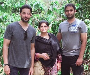 Zulfi Syed with mother and brother